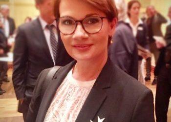 Jenny Jürgens erhält Verdienstorden des Landes NRW